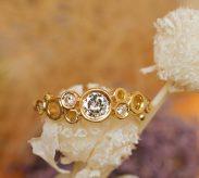『泡』がテーマの婚約指輪